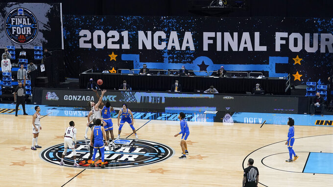 during the first half of a men's Final Four NCAA college basketball tournament semifinal game, Saturday, April 3, 2021, at Lucas Oil Stadium in Indianapolis. (AP Photo/Darron Cummings)