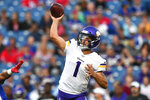 Minnesota Vikings quarterback Kyle Sloter throws a pass during the first half of the team's NFL preseason football game against the Buffalo Bills in Orchard Park, N.Y., Thursday, Aug. 29, 2019. (AP Photo/Adrian Kraus)