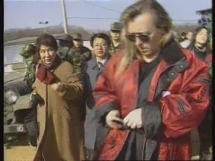 South Korea - Jody Williams visits DMZ