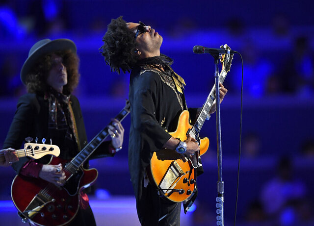 FILE - Singer Lenny Kravitz performs during the Democratic National Convention in Philadelphia on July 27, 2016. In a new memoir,