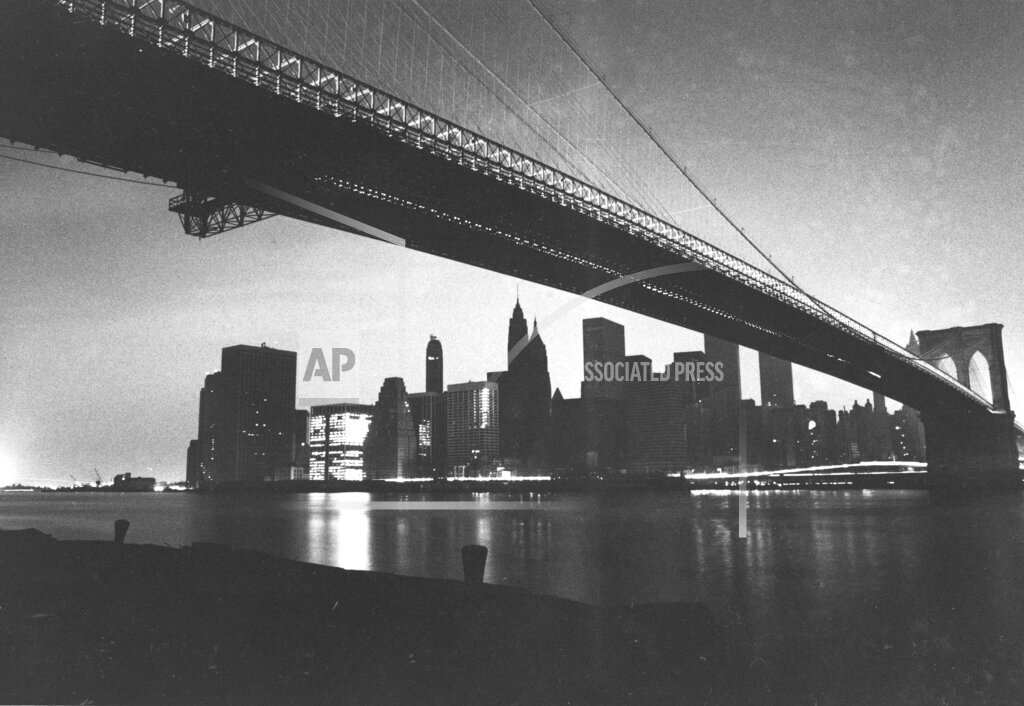 Associated Press Domestic News New York United States NYC 1977 BLACKOUT