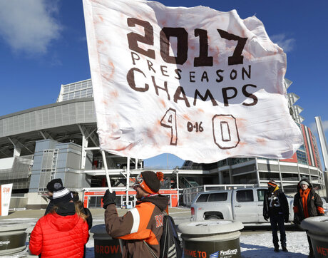 Browns Winless Parade Football