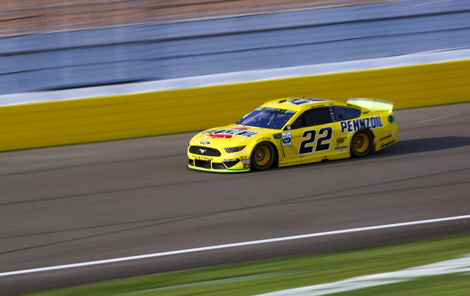 Joey Logano (22) drives during a NASCAR Cup Series auto race at Las Vegas Motor Speedway, Sunday, Sept. 15, 2019. (AP Photo/Chase Stevens)