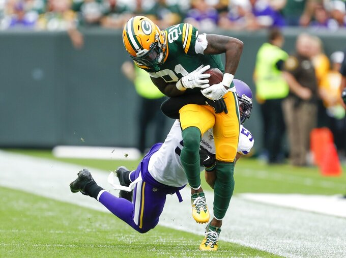 Green Bay Packers' Geronimo Allison catches a pass during the first half of an NFL football game against the Minnesota Vikings Sunday, Sept. 15, 2019, in Green Bay, Wis. (AP Photo/Matt Ludtke)