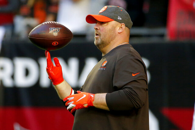 Cleveland Browns head coach Freddie Kitchens watches his team prior to an NFL football game against the Arizona Cardinals, Sunday, Dec. 15, 2019, in Glendale, Ariz. (AP Photo/Rick Scuteri)