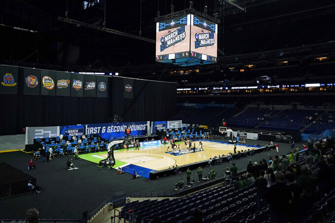 Baylor and Hartford play during the first half of a college basketball game in the first round of the NCAA tournament at Lucas Oil Stadium in Indianapolis Friday, March 19, 2021, in Indianapolis, Tenn. (AP Photo/Mark Humphrey)