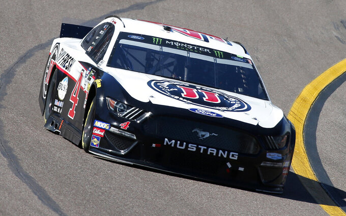Kevin Harvick drives during the NASCAR Cup Series auto race at ISM Raceway, Sunday, March 10, 2019, in Avondale, Ariz. (AP Photo/Ralph Freso)