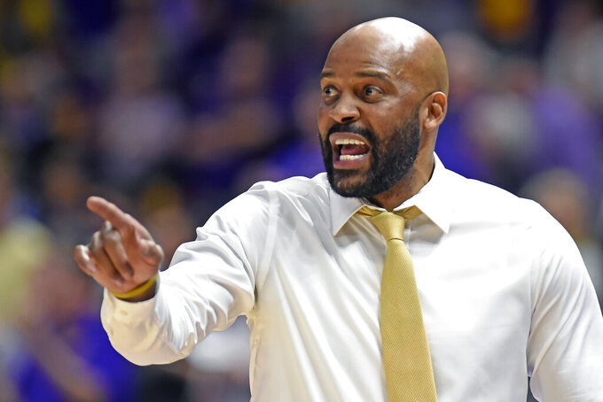 Missouri head coach Cuonzo Martin shouts instructions to his players in the second half of an NCAA college basketball game, Tuesday, Feb. 11, 2020, in Baton Rouge, La. Tigers coach Cuonzo Martin sees only positives in having so many guys back, though, particularly for a season in which everybody must expect the unexpected. (AP Photo/Bill Feig)