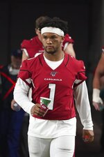 Arizona Cardinals quarterback Kyler Murray (1) on the sideline during an NFL preseason game against the Los Angeles Chargers on 8/8/19 in Glendale, Ariz. (Gene Lower via AP)