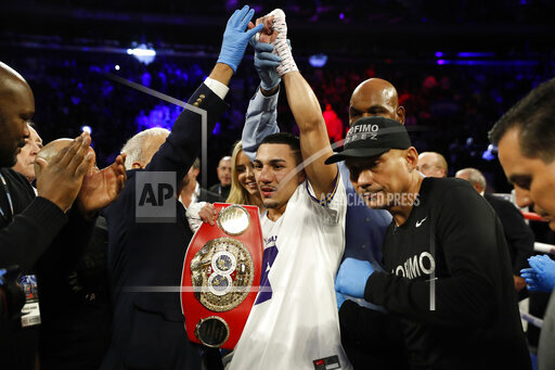 APTOPIX Commey Lopez Boxing