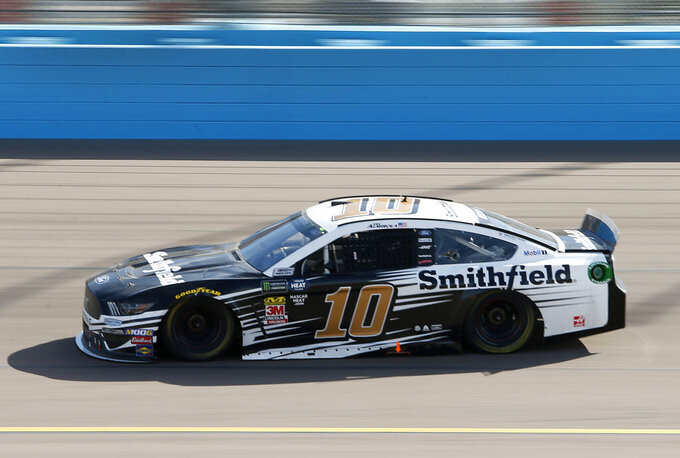 Aric Almirola drives during the NASCAR Cup Series auto race at ISM Raceway, Sunday, March 10, 2019, in Avondale, Ariz. (AP Photo/Ralph Freso)