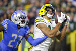 Green Bay Packers wide receiver Allen Lazard, right, catches a pass for a touchdown while covered by Detroit Lions cornerback Justin Coleman during the second half of an NFL football game Monday, Oct. 14, 2019, in Green Bay, Wis. (AP Photo/Jeffrey Phelps)