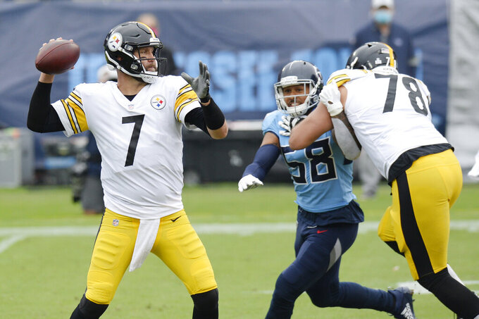 Pittsburgh Steelers quarterback Ben Roethlisberger (7) passes as offensive tackle Alejandro Villanueva (78) blocks Tennessee Titans linebacker Harold Landry (58) in the first half of an NFL football game Sunday, Oct. 25, 2020, in Nashville, Tenn. (AP Photo/Mark Zaleski)