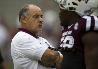 Arkansas-Chavis' Change Football