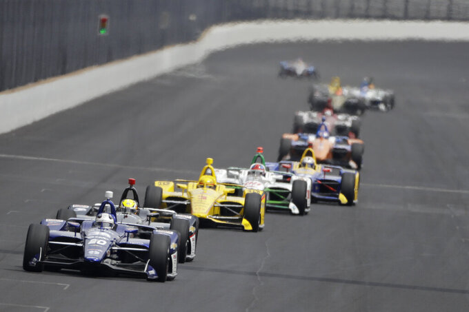 All eyes on skies as rain threatens Indianapolis 500