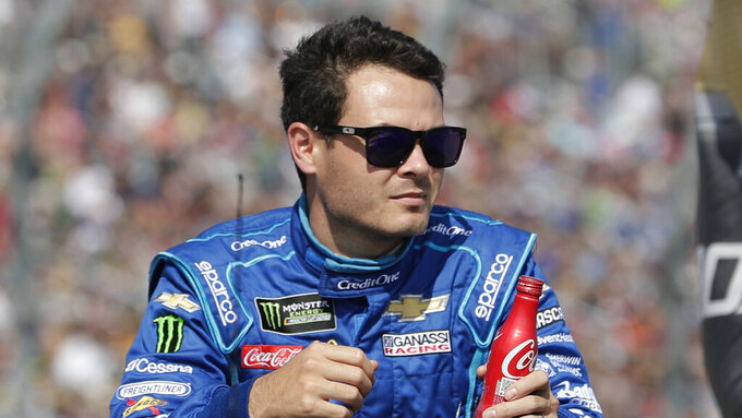 Kyle Larson during introductions for the NASCAR Daytona 500 auto race at Daytona International Speedway, Sunday, Feb. 17, 2019, in Daytona Beach, Fla. (AP Photo/John Raoux)