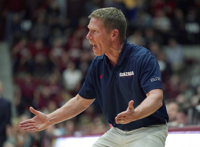 Gonzaga coach Mark Few calls out a play to his team during the second half against Santa Clara in an NCAA college basketball game Thursday, Jan. 24, 2019, in Santa Clara, Calif. Gonzaga won 98-39. (AP Photo/Tony Avelar)