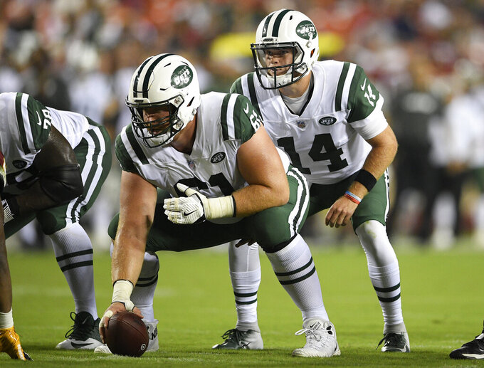 Jets release guard/center Spencer Long after 1 season
