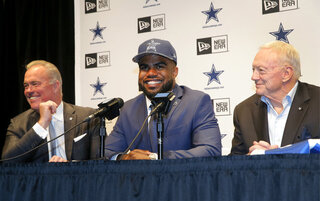 Ezekiel Elliott, Stephen Jones, Jerry Jones