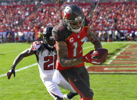 Falcons Buccaneers Football