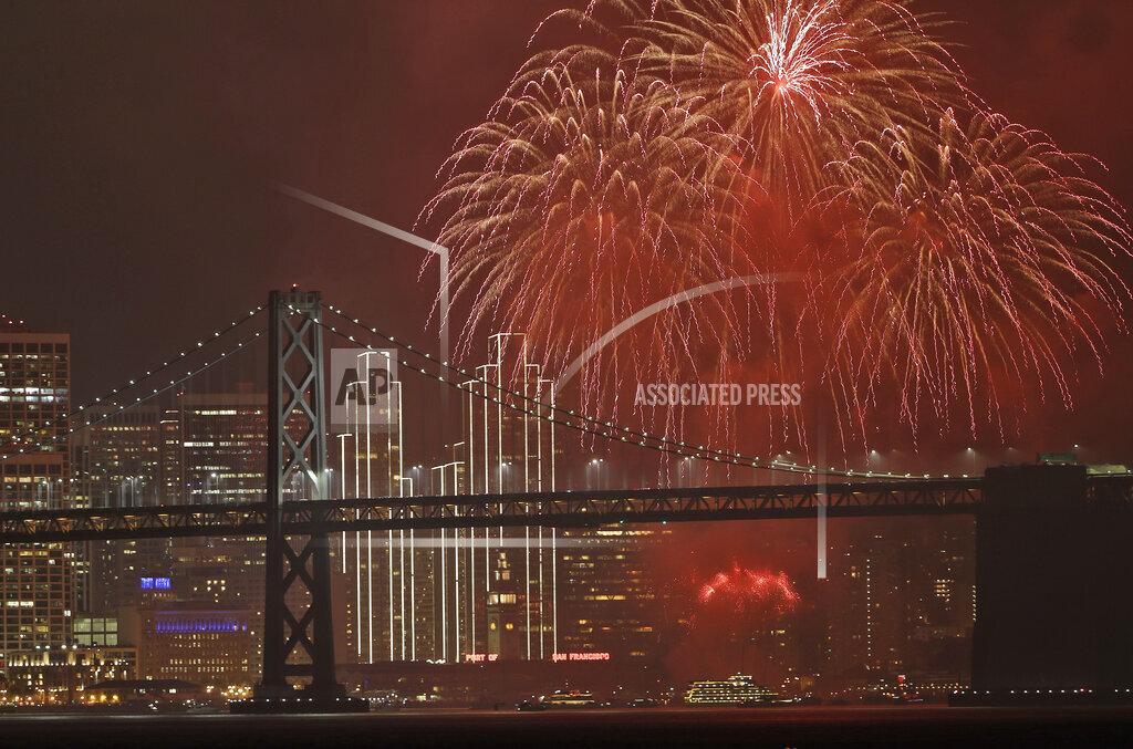 APTOPIX New Year's Eve San Francisco
