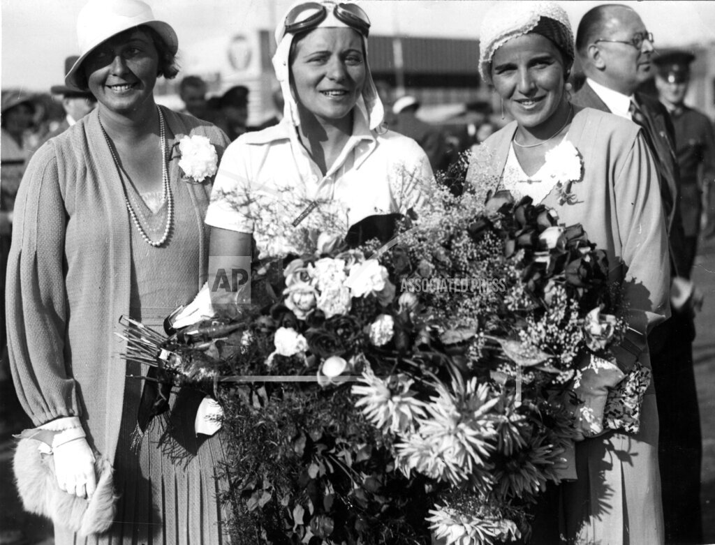 AP I DEU GERMANY FIRST WOMEN PILOTS