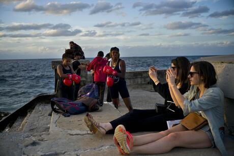 Cuba Women's Boxing Photo Gallery