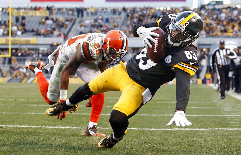 APTOPIX Browns Steelers Football