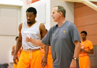Tennessee Barnes Basketball
