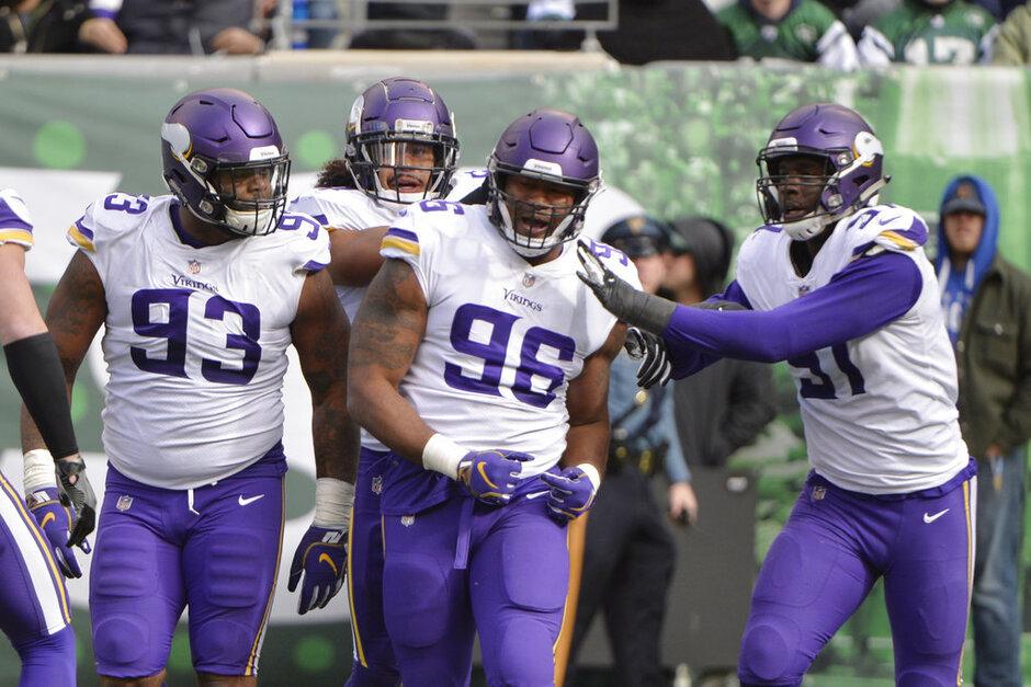 Vikings Adjusting Defense Football