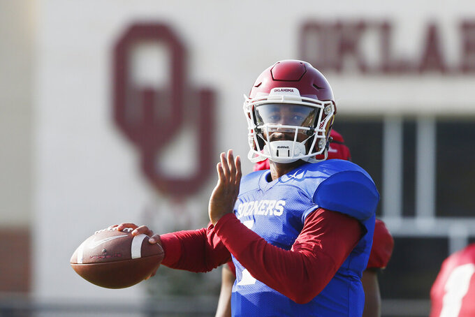 No. 4 Oklahoma wary of Houston QB D'Eriq King