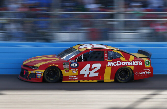 Kyle Larson drives during the NASCAR Cup Series auto race at ISM Raceway, Sunday, March 10, 2019, in Avondale, Ariz. (AP Photo/Ralph Freso)