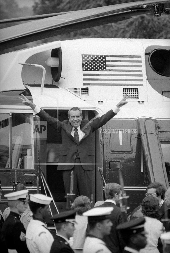 Richard Nixon Farewell