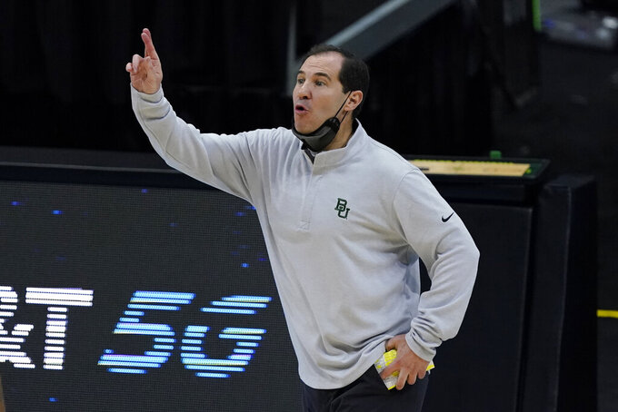 Baylor head coach Scott Drew directs his team during the first half of the championship game against Gonzaga in the men's Final Four NCAA college basketball tournament, Monday, April 5, 2021, at Lucas Oil Stadium in Indianapolis. (AP Photo/Darron Cummings)