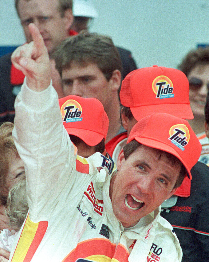 Boogity! Boogity! Boogity! Waltrip set to retire