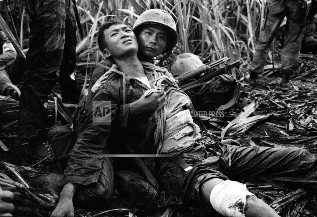 Watchf AP I   VNM APHS89415 Vietnam War Wounded