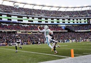 Dolphins Patriots Football