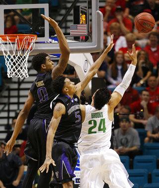 P12 Washington Oregon Basketball