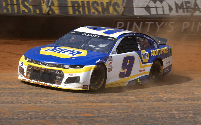 Chase Elliot drives along the dirt track during NASCAR Cup Series practice, Friday, March 26, 2021, at Bristol Motor Speedway in Bristol, Tenn. (David Crigger/Bristol Herald Courier via AP)