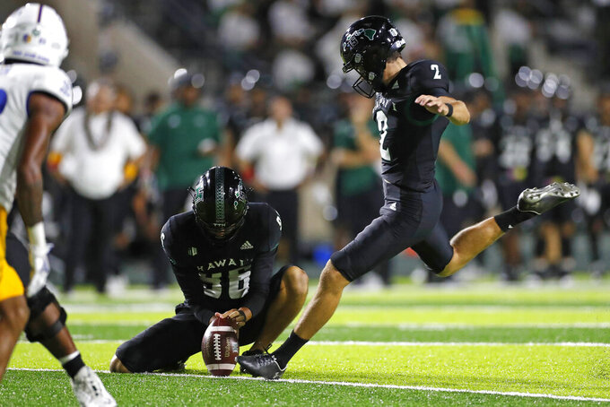 Hawaii kicker Matthew Shipley (2) makes a field goal against San Jose State in the second half of an NCAA college football game, Saturday, Sept. 18, 2021, in Honolulu. (AP Photo/Marco Garcia)
