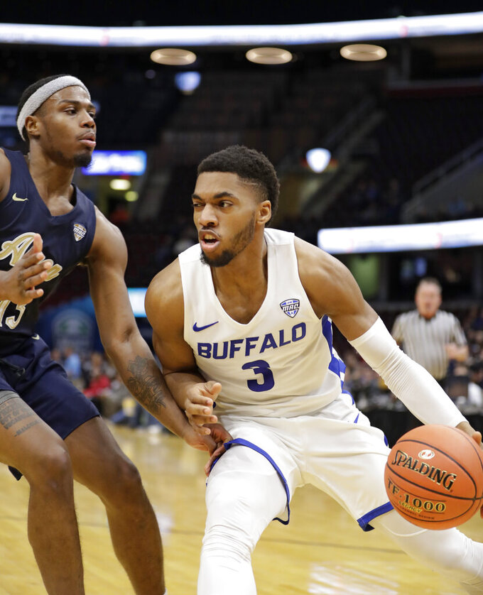 Buffaloed: No. 18 Bulls bowl over Akron in MAC quarterfinals