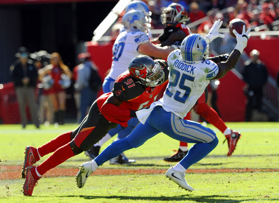 Kendell Beckwith, Theo Riddick