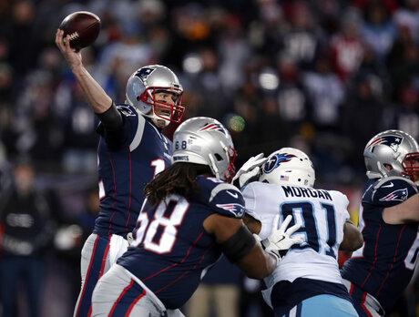 Tom Brady, Derrick Morgan