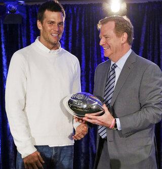 Patriots Bradys Legacy Footbal