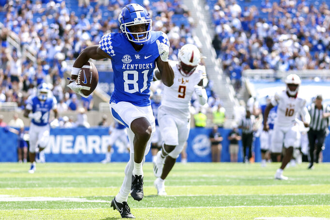 Kentucky wide receiver Isaiah Epps (81) runs the ball down the field during the second half of an NCAA college football game against Louisiana-Monroe in Lexington, Ky., Saturday, Sept. 4, 2021. (AP Photo/Michael Clubb)