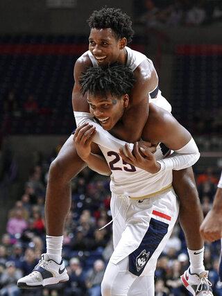 Manhattan UConn Basketball