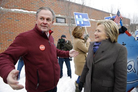 Hillary Clinton, Frank Fiorina
