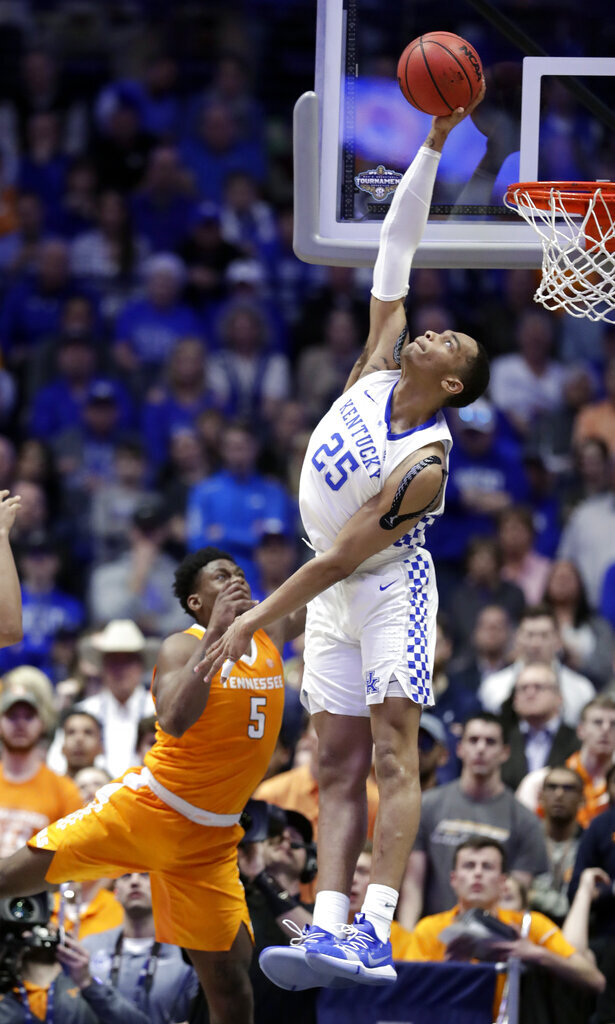 Kentucky's Calipari expects Washington to play in opener