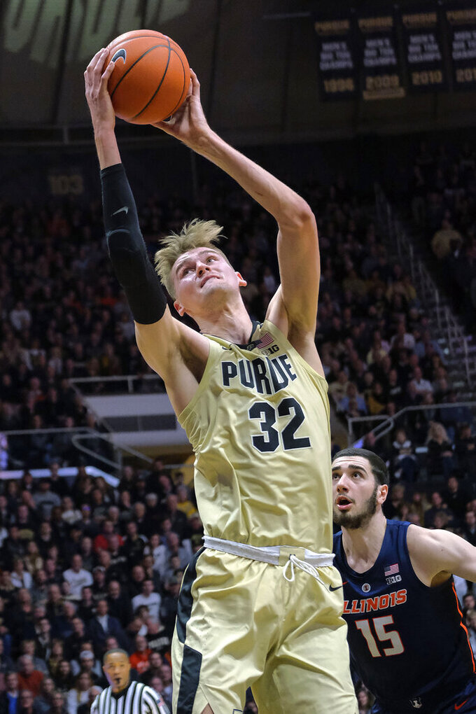 Edwards scores 23, No. 14 Purdue shakes off Illinois 73-56