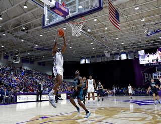 UNC Wilmington Furman Basketball